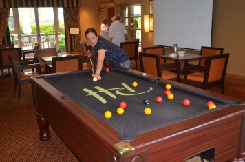 Playing pool... on oxygen!
