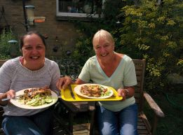 Lunch in the garden with Mum