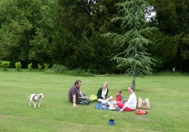 Picnic at Wrest Park with Alison, Dave & Harry